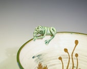 Seaweed Frog Serving Bowl