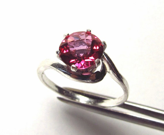 "Amazing ""Hot Pink"" Genuine Topaz in Sterling Silver Ring Size 8"