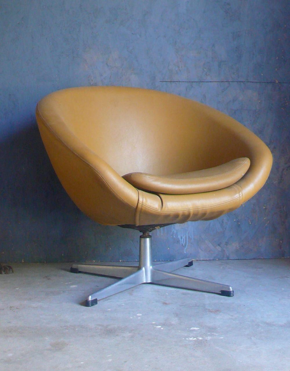 Mid Century Modern Overman Pod Chair