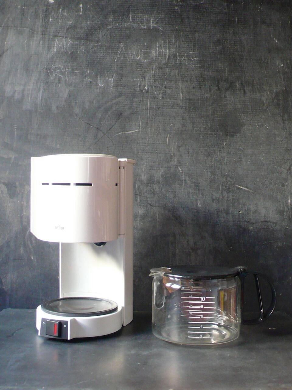 Vintage Braun Coffee maker and matching Coffee grinder.