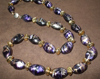 Purple and Gold Beaded Necklace Vintage Single Strand Marbled Necklace - 1980s