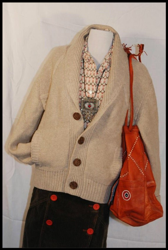 RESERVED for Beth    do not purchase unless you'er Beth Vintage 70s Tan Cardigan Boyfriend Sweater Faux Wooden Buttons L