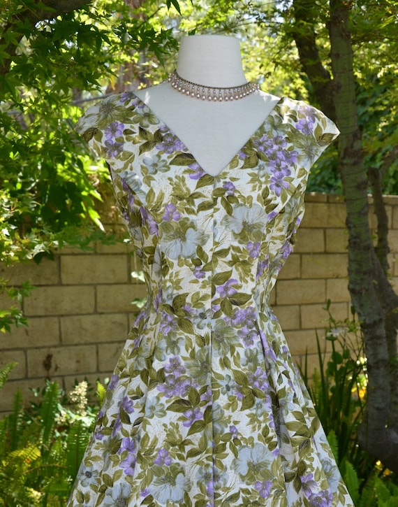 Vintage 50s Floral Full Sweep Mad Men Deep V Neckline Summer Day Party Dress Sz M