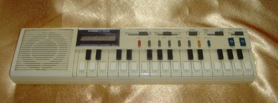 1970s vintage Casio Vl-Tone VL-1 electronic keyboard synthesiser