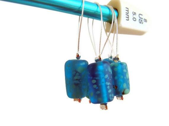 Beaded stitch markers, handmade, glass beads, aquamarine