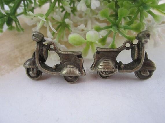 10pcs 0f Antique Bronze Electric car Charms 17mmx22mm