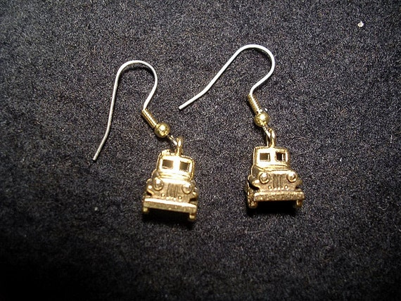 Jeep Earrings. Gold tone or Silver tone.