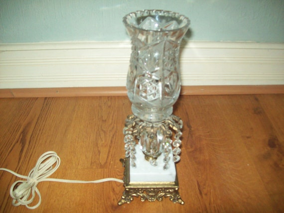 Vintage Brass Italian Marble Crystal Hurricane Boudoir Accent Table Lamp w/ Flickering Bulb