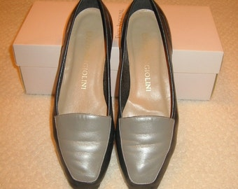 vintage womens shades of grey Enzo Angiolini leather flats . . . size 7 M