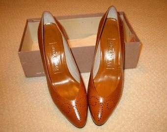 vintage luggage kid Evan Picone heels 7M new in box