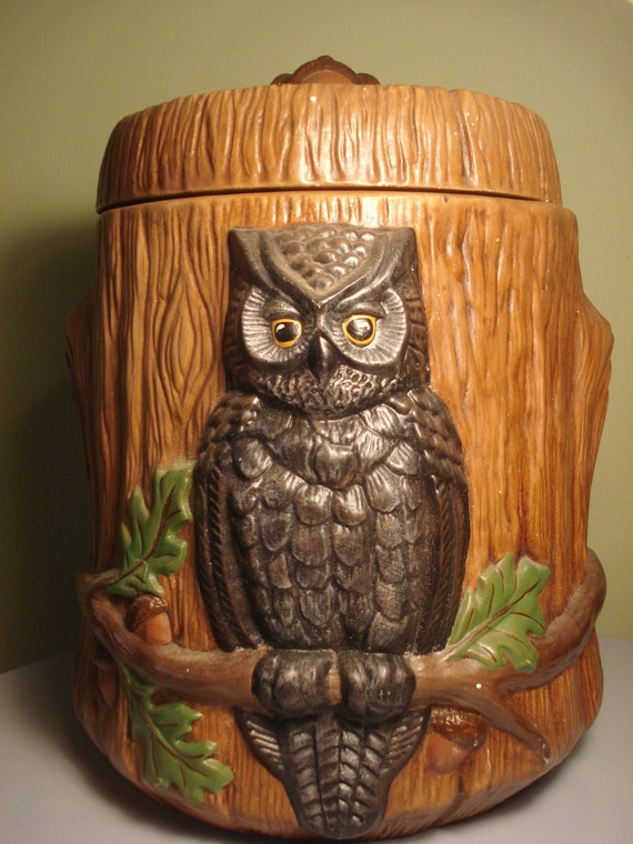 Vintage Ceramic Owl Storage Container (Large Size)