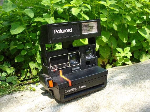 Vintage Polaroid OneStep Flash Camera