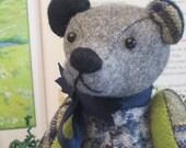 """Teddy Bear Gecko Grn w  Navy Blue & Grey Wool plaid Tom Thumbear 7"""""""