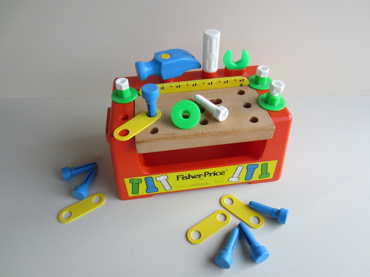 Vintage 1980 fisher price wood top workbench 927 Fisher price tool bench