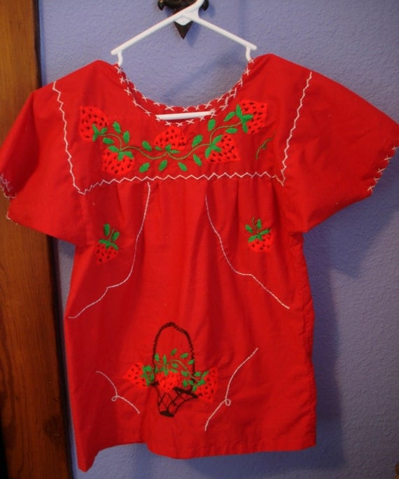 VTG 70's mexican embroidered strawberries tunic tent top xs, red, cotton, boho
