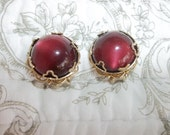 Vintage Clip Unsigned Beautiful Red Stone Earrings with Gold Toned Setting