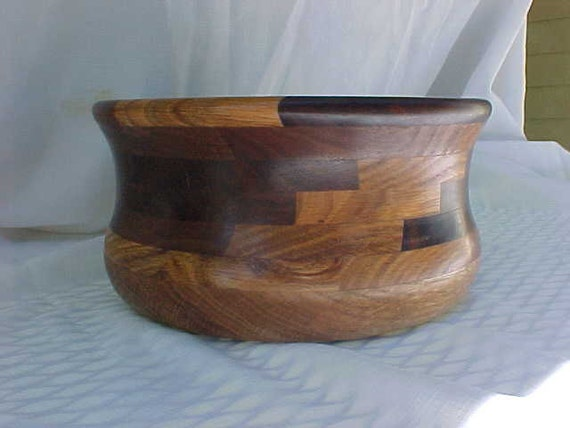 BOWL Wooden turned Segmented walnut and red oak wood