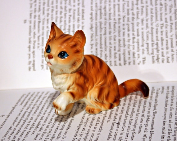 Sweet Orange Tabby Cat Figurine - Made in Japan - Collectible Kitten
