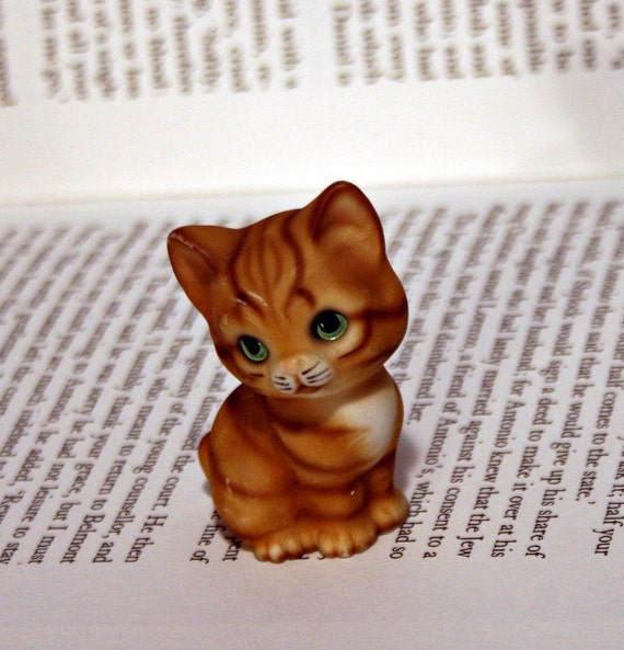 Tiny Miniature Orange Tabby Cat Figurine - Orange Kitten Made in Japan