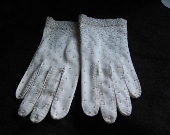 Vintage Pearl Embellished Ladies Gloves