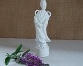 vintage white porcelain Asian figurine Chinoiserie Blanc de Chine