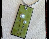 Re-Carded Pearl Blooms Necklace