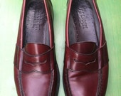 M 11 - 90s Men's Red/Brown Penny Loafers - Grandpa Slip On Dress Shoes
