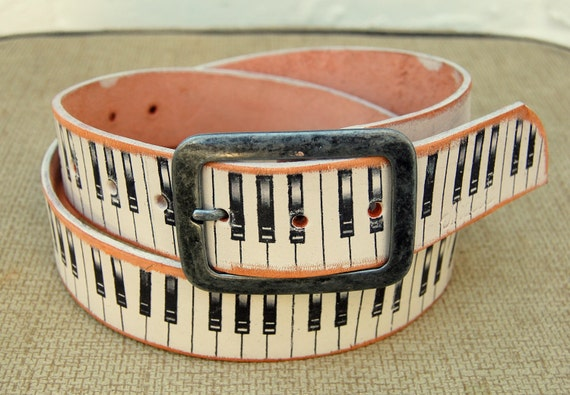 FREE SHIPPING /  Handmade leather belt - Piano Keyboard design - white