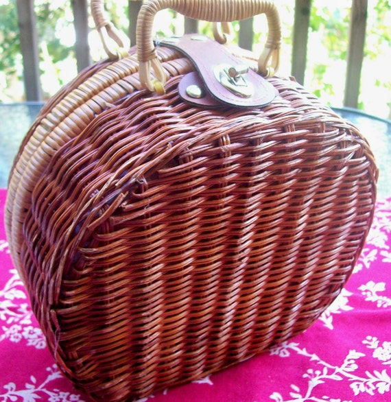 RESERVED FOR KERRI  Vintage Wicker Purse/Lunchbox