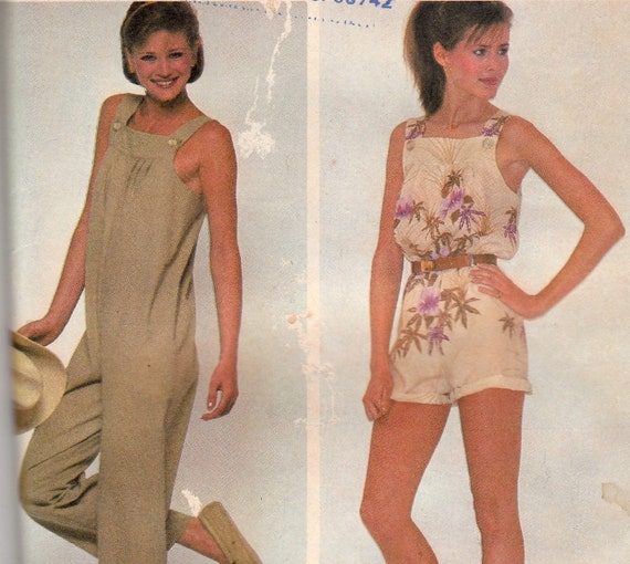 Sleeveless Jumpsuit or Overalls Pattern McCalls 7573 Size 10-12 Uncut