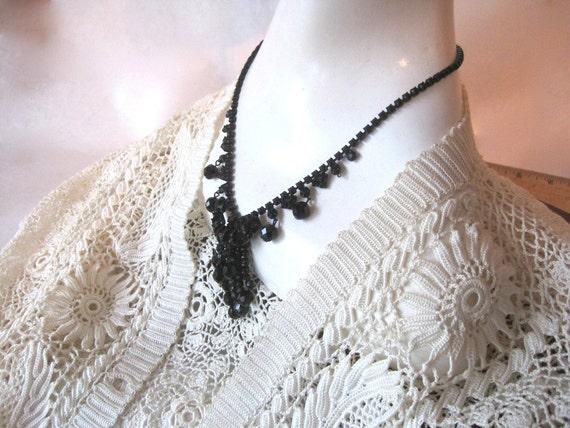 Vintage Black Rhinestone Prong Set Necklace
