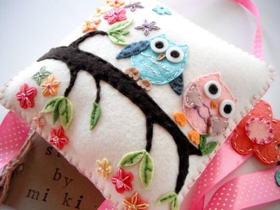 Hair clip holder-Miki's Wool Felt Hair clip holder-Felt owl, tree, flower applique-Beutiful wall Deco-(ready to ship)SALE