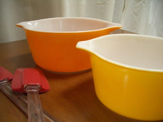 Vintage Pyrex Dishes, Orange Pyrex and Yellow Pyrex - Treasury Item