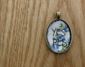 floral 'yes pls' pendant - size small