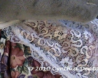 """PART #3 Option C - Fancy APRON - CDH """"Three Blind Mice..."""" - For 18"""" Dolls With 8"""" Waists"""