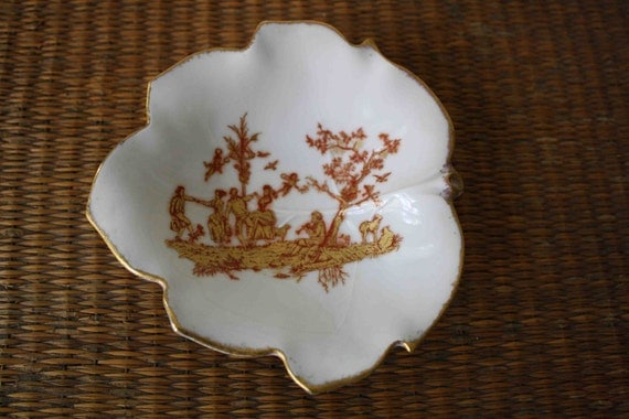 SALE Vintage Limoges dish, French decor, toile, fall decor, leaf dish, catch-all, jewelry tray