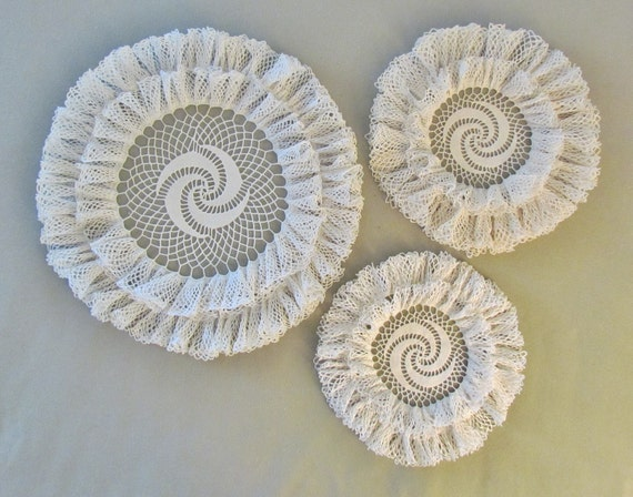 Crocheted ruffled doilies, set of 3 vintage large, off white, double ruffled doilies with pinwheel centers
