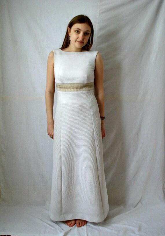 Vintage wedding dress /  evening dress (size small/medium)