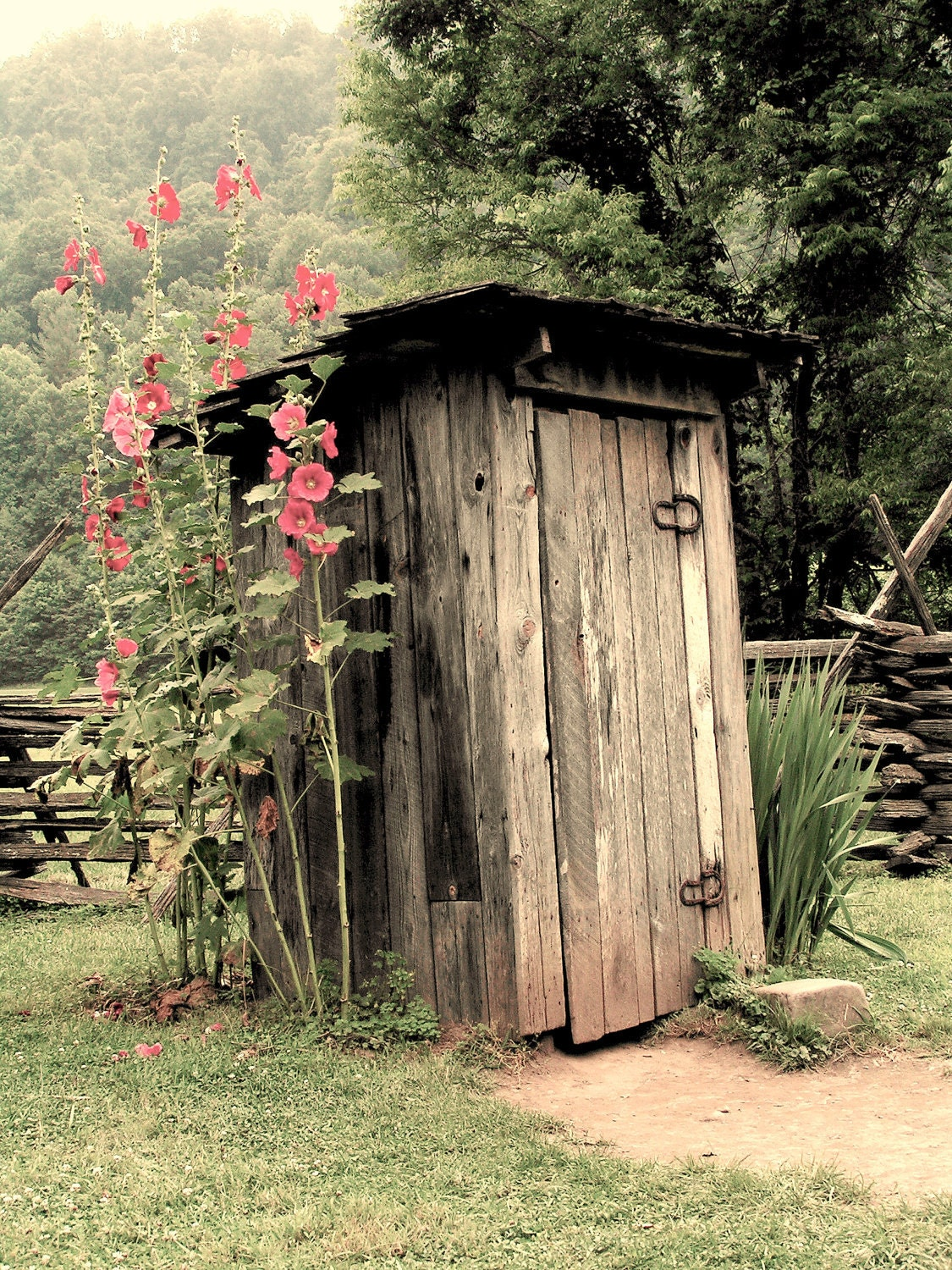 Outhouse Etsy - Outhouse bathroom