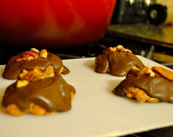 Caramel Nut Clusters (Pecan or Cashew)