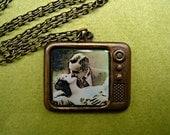 vintage television necklace, vintage necklace, kitsch, television necklace, romantic necklace, short necklace, vintage style