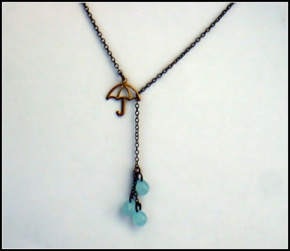 umbrella and rain drops necklace, rainy day necklace, rain necklace, cute necklace, vintage style