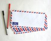 Set of 20 Vintage Style Air Mail /Par Avion Envelopes, Long sizes, 4.2 x 9.2 inches for A4/A5 letter document - plus FREE Vintage Stamps