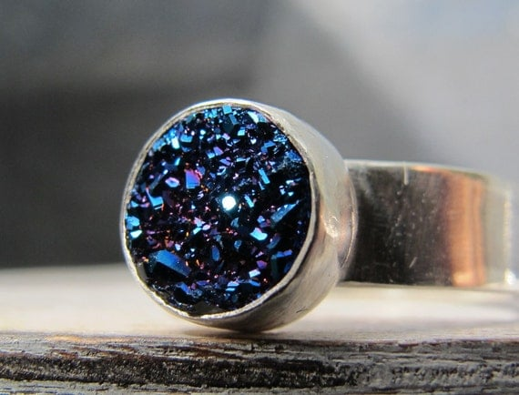 Blue Drusy Ring/Sterling Silver Ring with round blue drusy/druzy stone