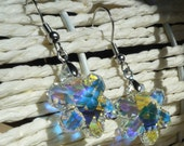 Swarovski Snowflake Dangle Earring - Winter Wonderland Earrings made with Swarovski crystals