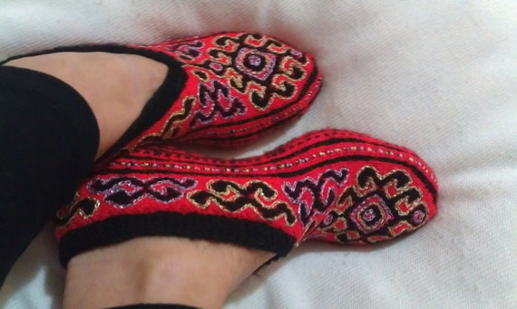 RESERVED - Red Knitting Home Slippers / Handmade Wool Slippers / Red Woman Slippers