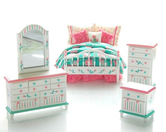 PINK & Green PATCHWORK Hand-Painted Dollhouse Miniature Bedroom Custom Dressed Bed Set 1:12 Dollhouse Miniature