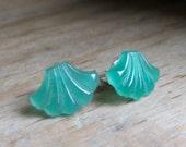 GREEN FANS vintage pressed glass sterling post earrings