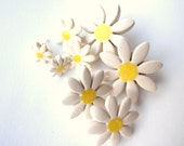 I love daisies earrings tiny ceramic daisies on stud posts very cute Spring time