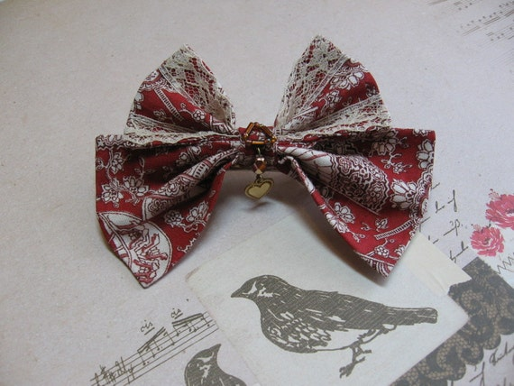 Steampunk Fan and Heart Beaded Hair Bow